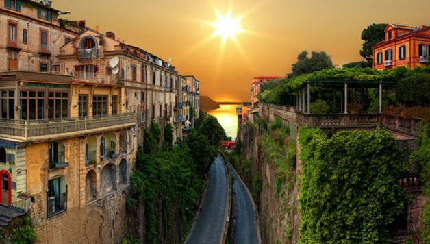 sorrento-featured