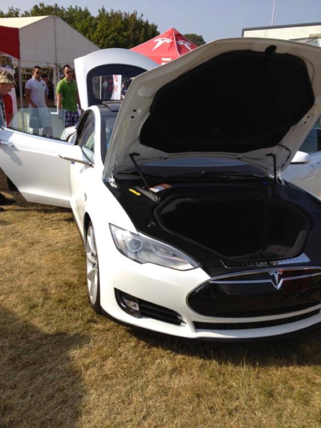 Tesla S – No Engine