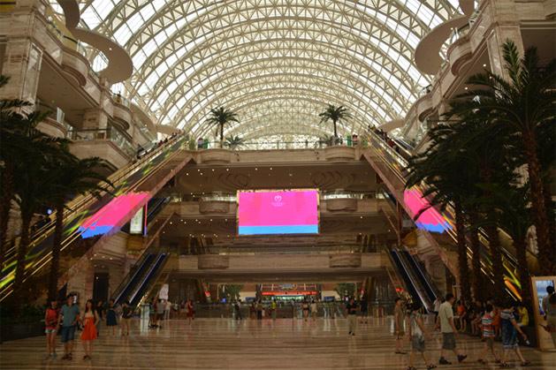 mall-lobby