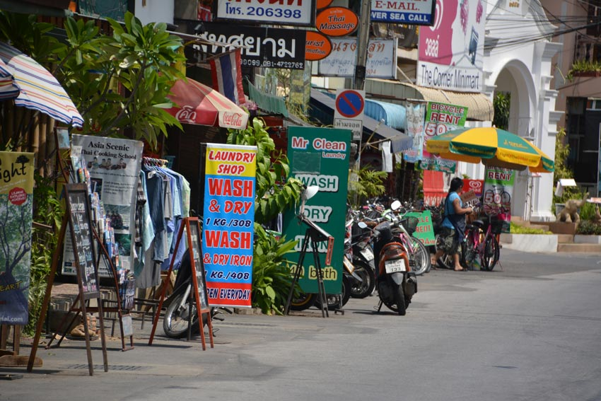 chiang-mai-street