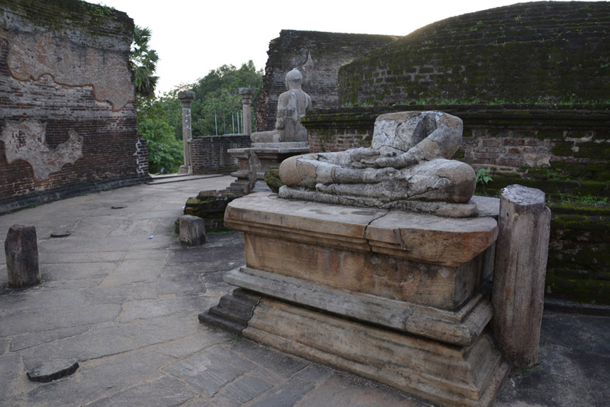 ruins-srilanka