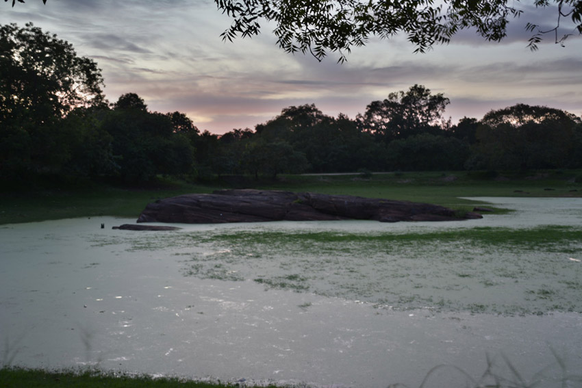 lake-srilanka