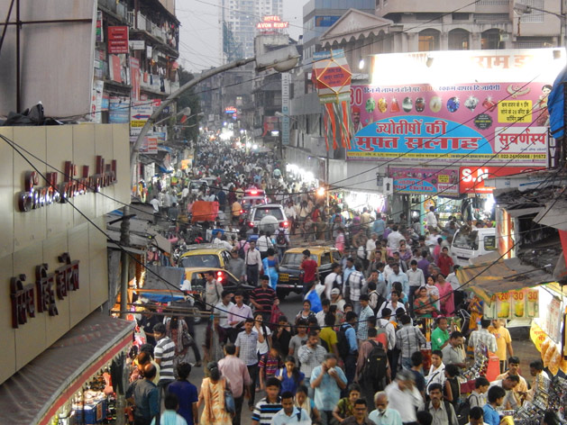 Crowded street in Mumbai, India