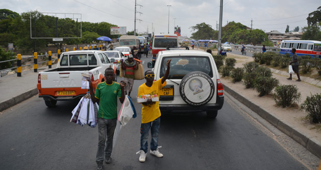 roadside-sales-tanzania