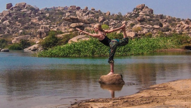 yoga-nomads-featured-b