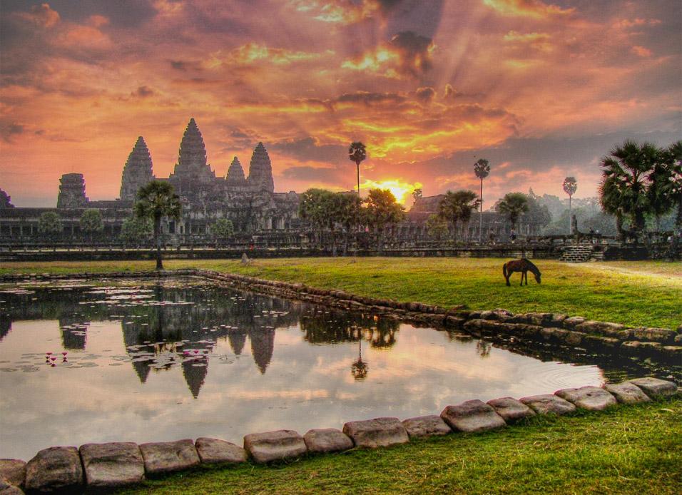 angkor-wat-sunrise