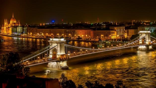 szechenyi-chain-bridge-1758196_1280