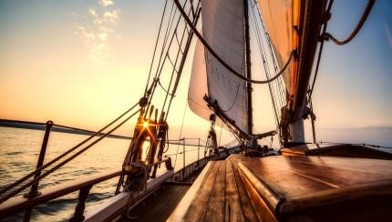 sailing-2542901_1280